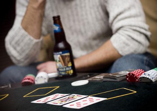 คาสิโน และ เหล้าเบียร์ สิ่งที่สวนทางกันอย่างชัดเจน